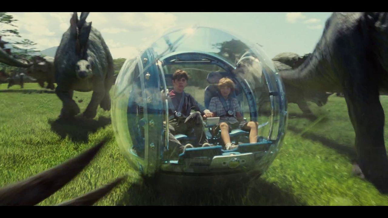 zach-and-gray-in-the-gyrosphere