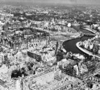 Les Russkoffs : Et la guerre créa Cavanna
