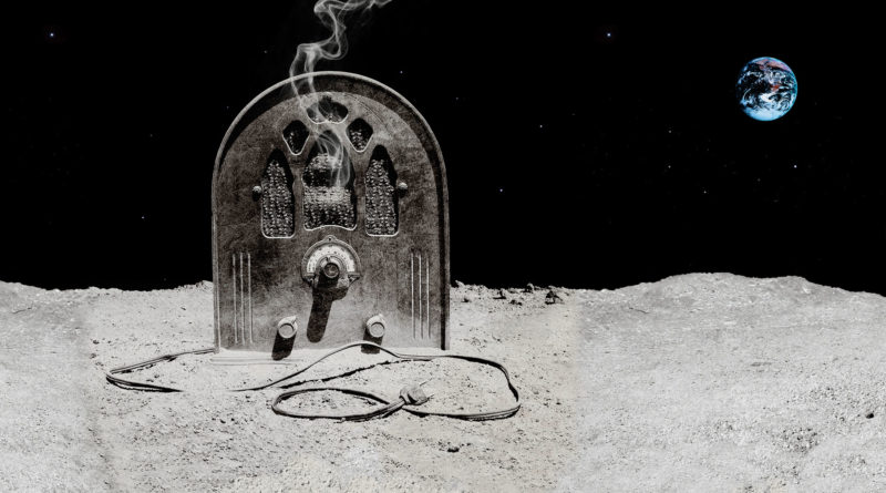 Casualties of Cool : spleening on the moon